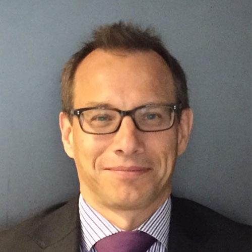 Dr. Ralf Sauer
